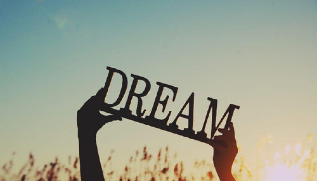 最励志的四句话,送给有梦想的你