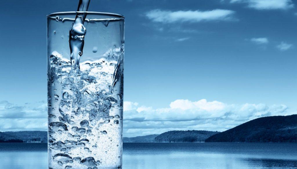 從每天一杯溫開水開始!《30歲後應該學會堅持的10個小習慣》,改變小地方讓自己活得「高級」