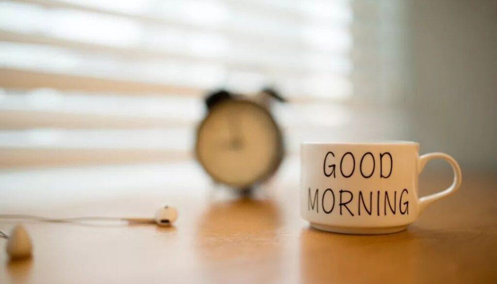 早起的好处,几点起床最健康,起床后做哪些事