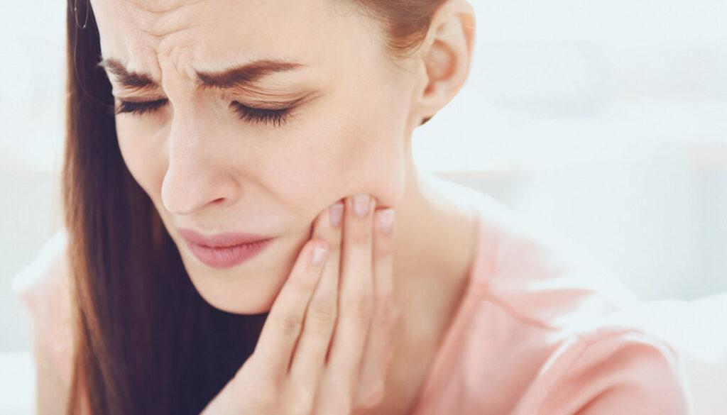 心内科医生:出现这6种感觉的牙疼,病根大多在心脏上